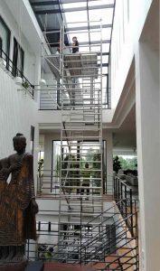 Aluminium-tower-scaffold-for-skylight-tinting