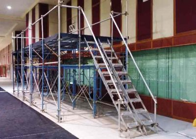 Scaffold stage